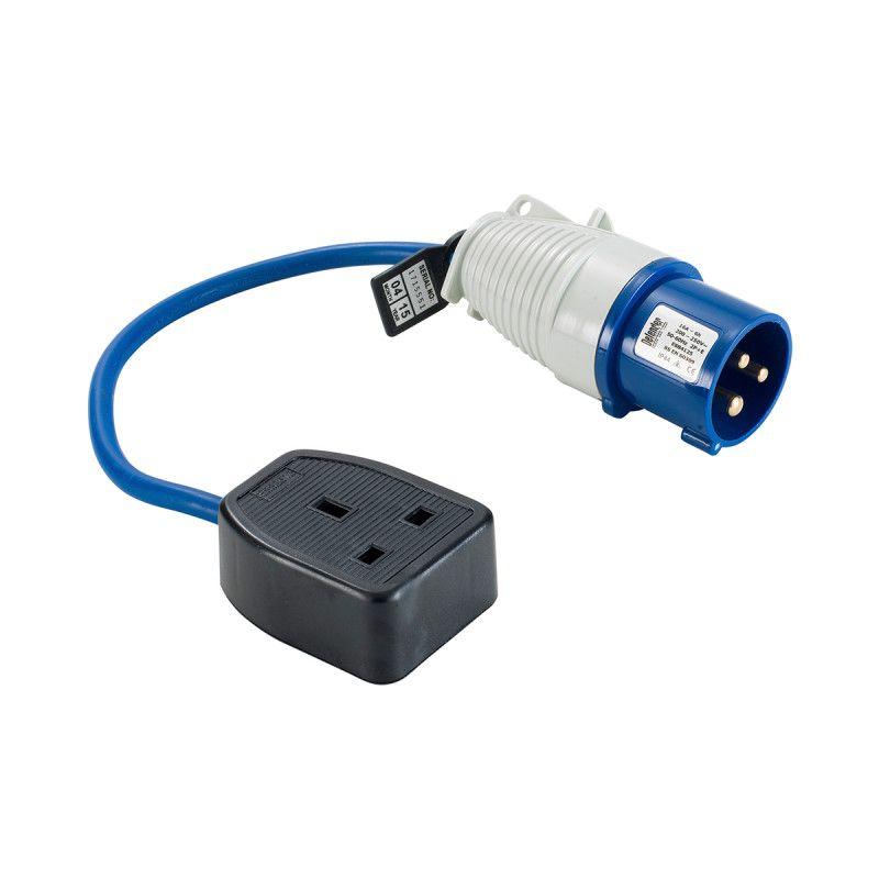 Defender 16 13A Extension Lead 16A Plug 13A Socket 240V