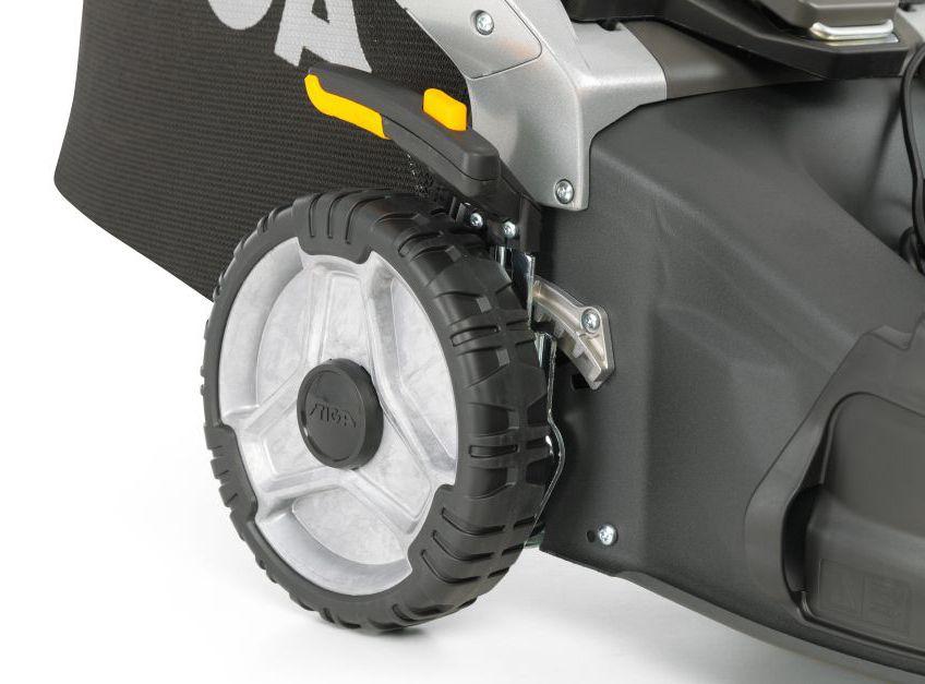 Stiga Twinclip 55SVEQH Self Propelled Petrol Lawn Mower 53cm